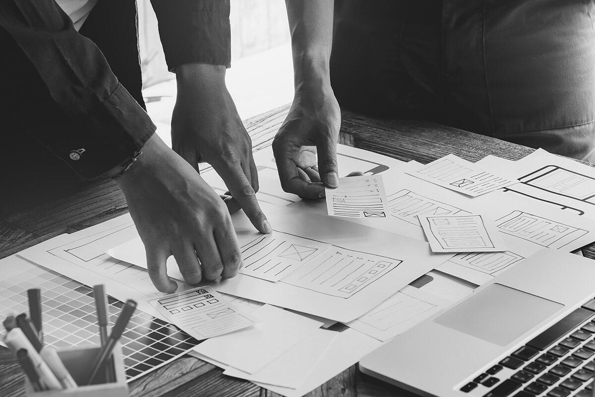 Travail de groupe dans une agence d'UX design